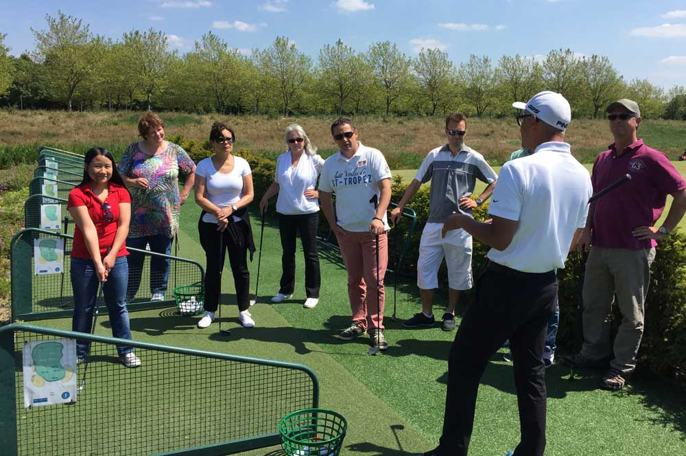 Golf bedrijfsuitjes, golf arrangementen, golf clinics en footgolf in Amsterdam